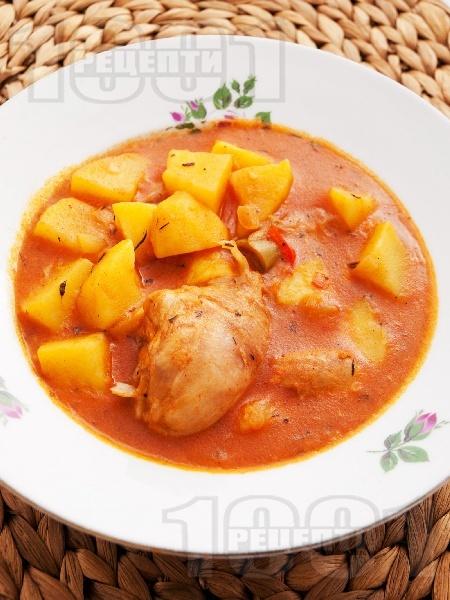 Класическа домашна яхния от пиле с картофи, чушки и доматено пюре - снимка на рецептата